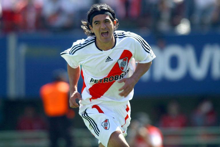 Ortega va por los 100 goles