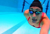 julia sebastian subacuatico